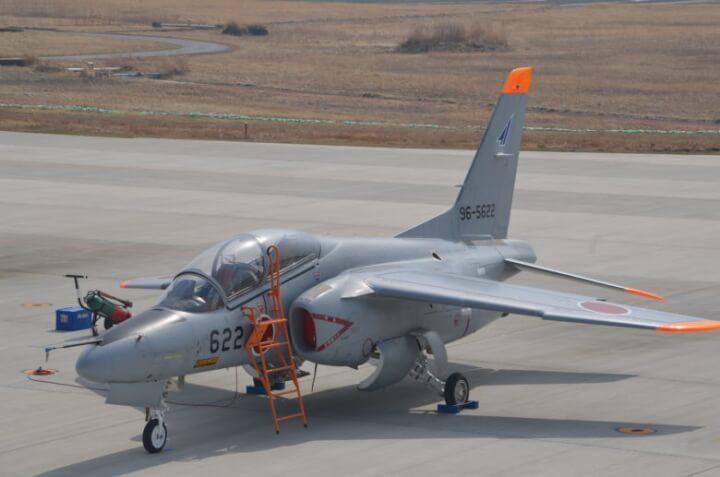 松島基地ブルーインパルスのグレーの機体